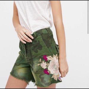 Shorts shorter Bermuda style